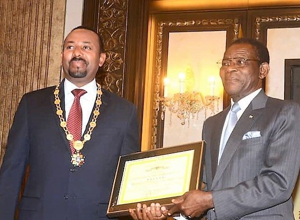 El Presidente de Guinea Ecuatorial condecora al Premio Nobel de la Paz, Abiy Ahmed Ali
