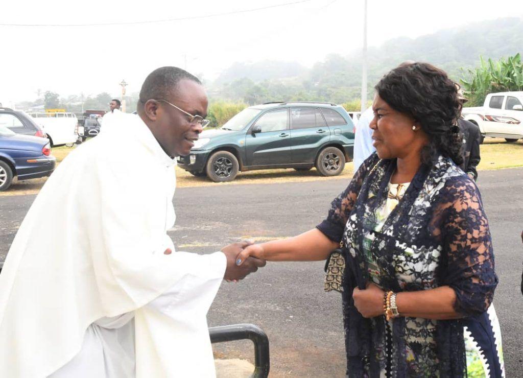 Constancia Mangue de Obiang asiste en Moka a la misa por San Antonio Abad