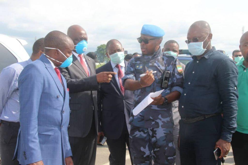 Lotes de material clínico llegan al Aeropuerto de Malabo