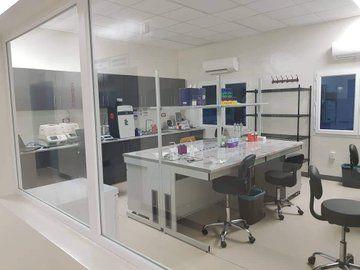 El Laboratorio de Investigaciones de Baney, pieza clave para la contención del COVID-19 en Guinea Ecuatorial
