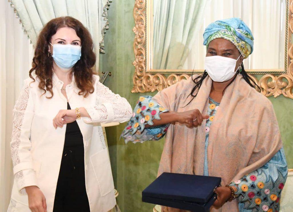 La Primera Dama recibe a la Embajadora de Turquía en Malabo
