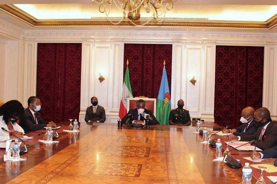 El Vicepresidente se reúne para examinar el informe preliminar sobre corrupción en el Ministerio de Información