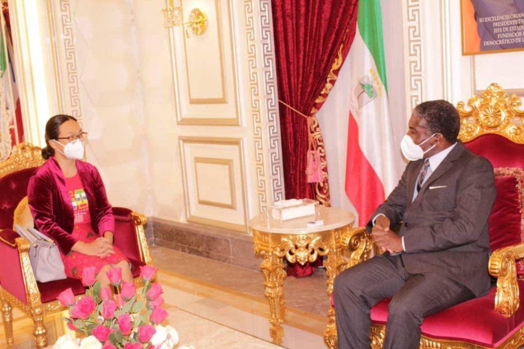 Reunión entre el Vicepresidente de la República y la Embajadora de China en Guinea Ecuatorial