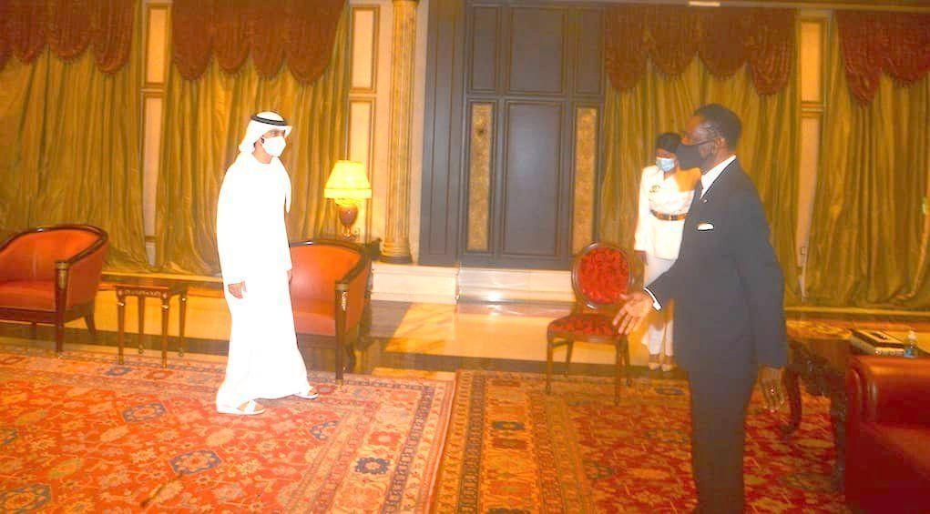 El Jefe de Estado recibe en audiencia al Príncipe de los Emiratos Árabes