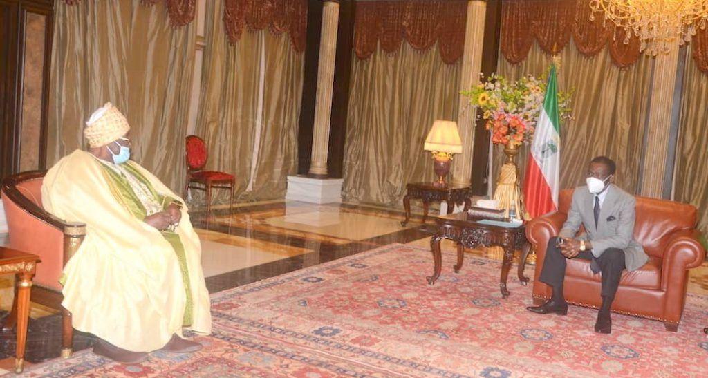 Audiencia con el sultan de camerun (1)
