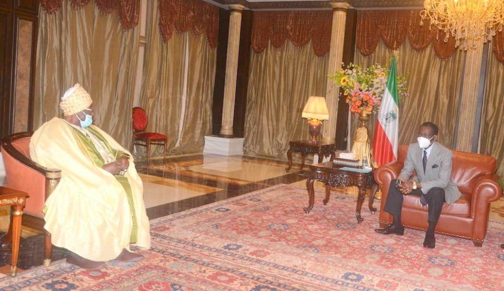 Encuentro de S.E. Obiang Nguema Mbasogo con el Sultán de Bamoun-Camerún