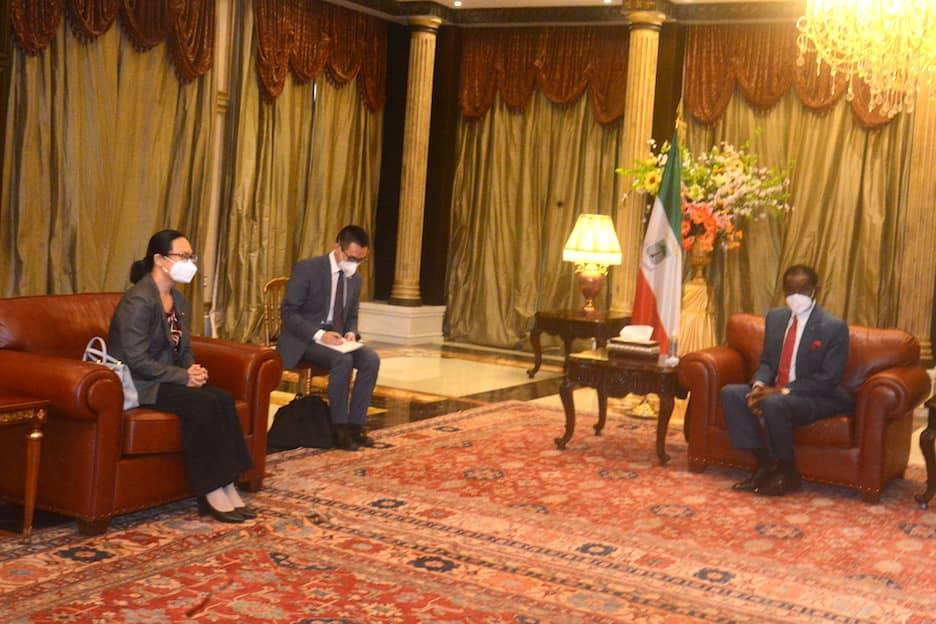El Presidente de la República recibe a los Embajadores de China, EE.UU y Francia
