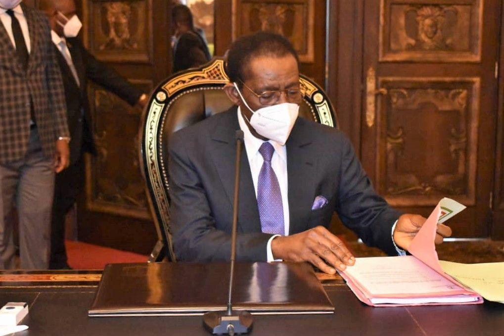 Consejo de Ministros en el Palacio del Pueblo