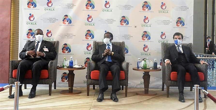 El Presidente de la República inaugura el Centro de Ginecología y Fertilidad de Oyala