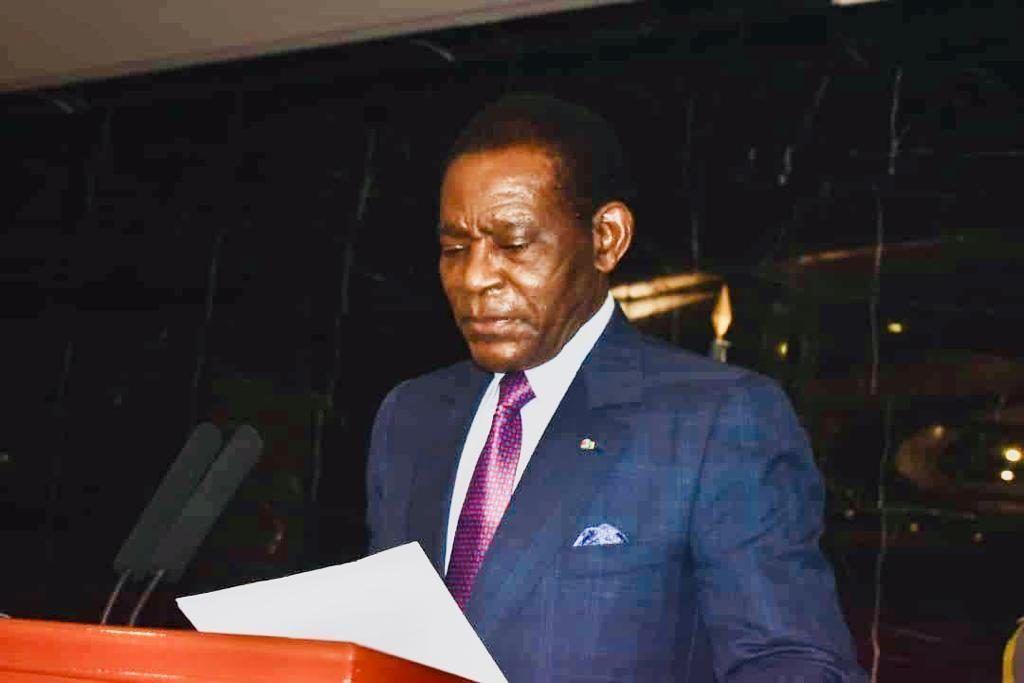 Presentación de votos al Jefe de Estado