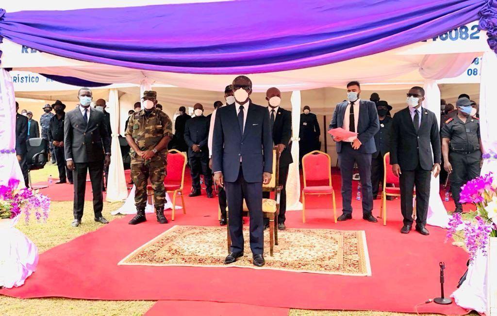 S.E. Teodoro Nguema Obiang Mangue asiste a los entierros de Vicente Mba Asumu, Baltasar Nzeng Mesian y Raúl Abia Micha