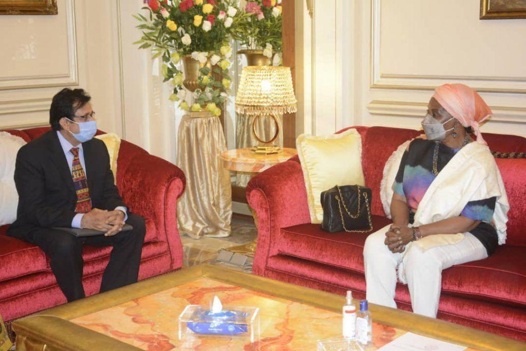 La Primera Dama recibe al Embajador de la India