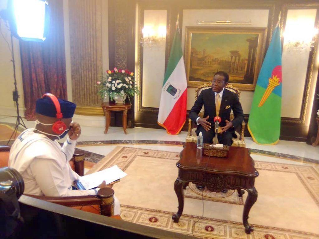 Entrevista en exclusiva del Presidente de la República con los canales RFI y France24
