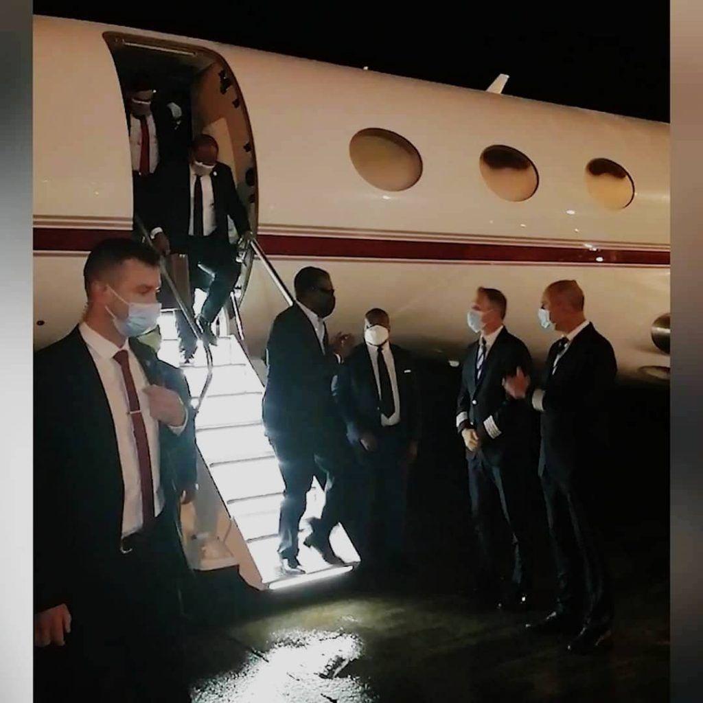 Grata bienvenida al Vicepresidente de la República a su llegada a Malabo