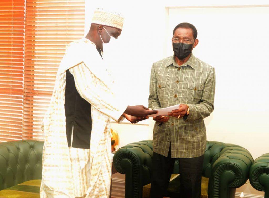 Audiencia presidencial con el Ministro de Economía de Camerún