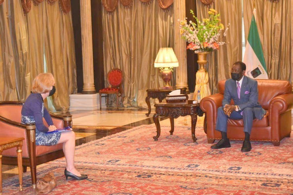 El Presidente se reúne con la Embajadora de los Estados Unidos