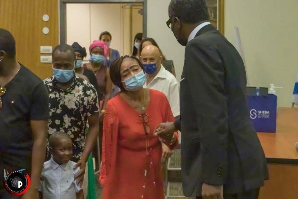 El Vicepresidente visita enfermos ecuatoguineanos en Israel