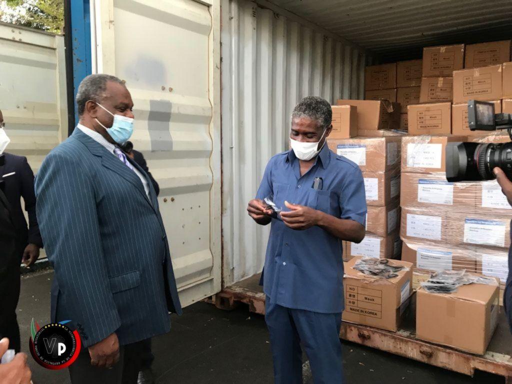 El Vicepresidente visita la sede de Centramed en el barrio Colasesga