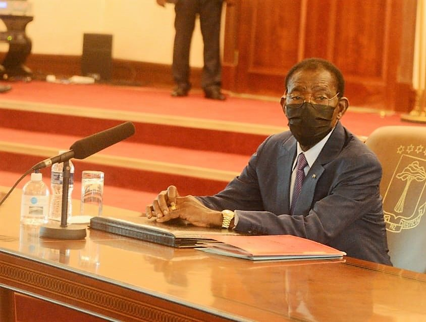 Su Excelencia Obiang Nguema Mbasogo preside el segundo Consejo de Ministros en la ciudad de Bata