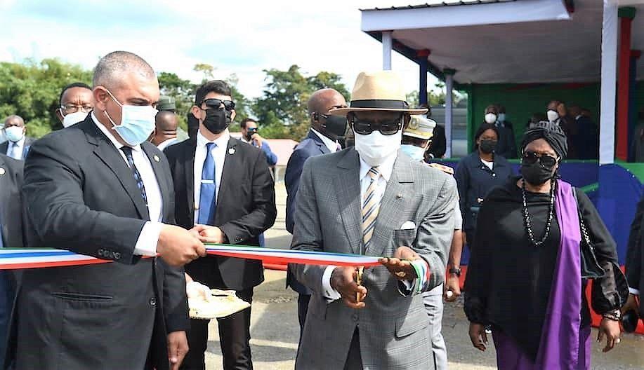 La Pareja Presidencial inaugura el distrito urbano de Mofub