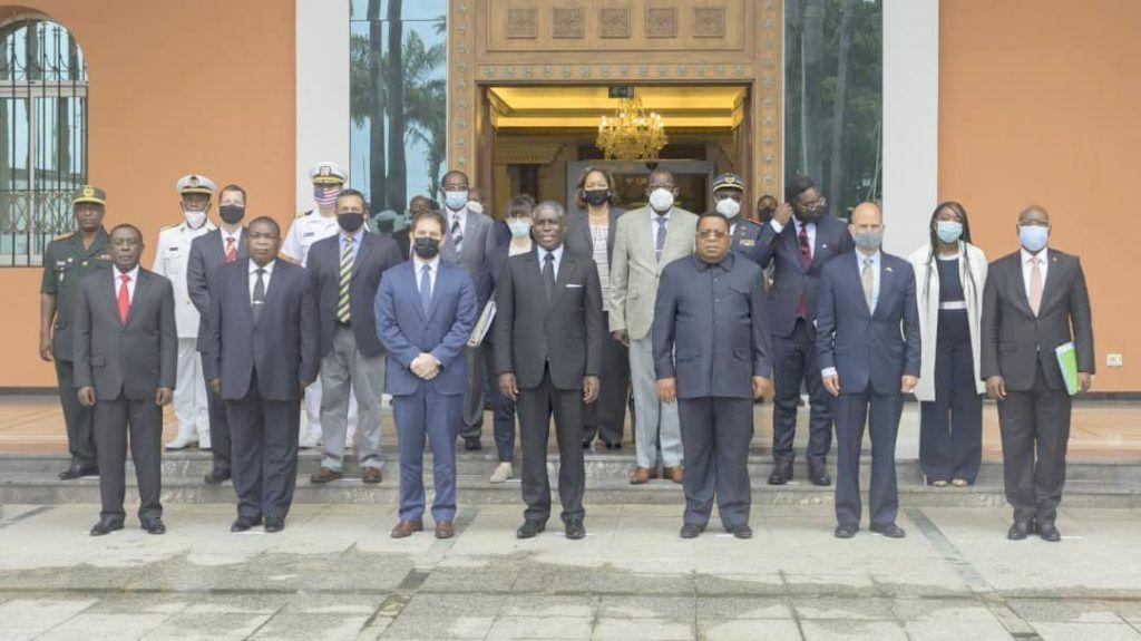 El Vicepresidente recibe a una alta delegación estadounidense encabezada por Jonathan Finer